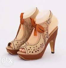 Model Sepatu Sandal High Heels Terbaru