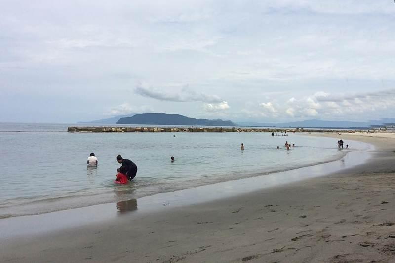 7 Wisata Pantai di Jayapura Terindah yang Wajib Dikunjungi