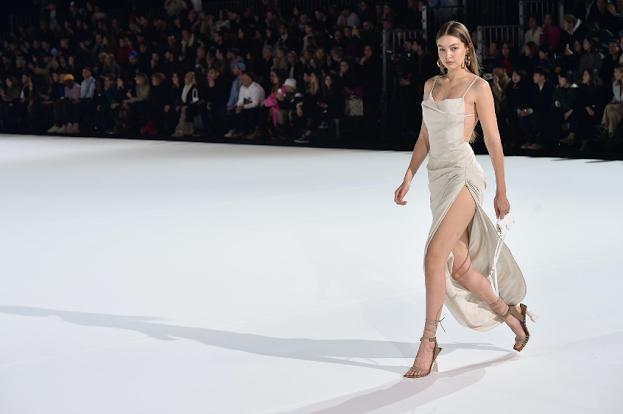 Jacquemus Fall/Winter 2020-2021 – Vogue France