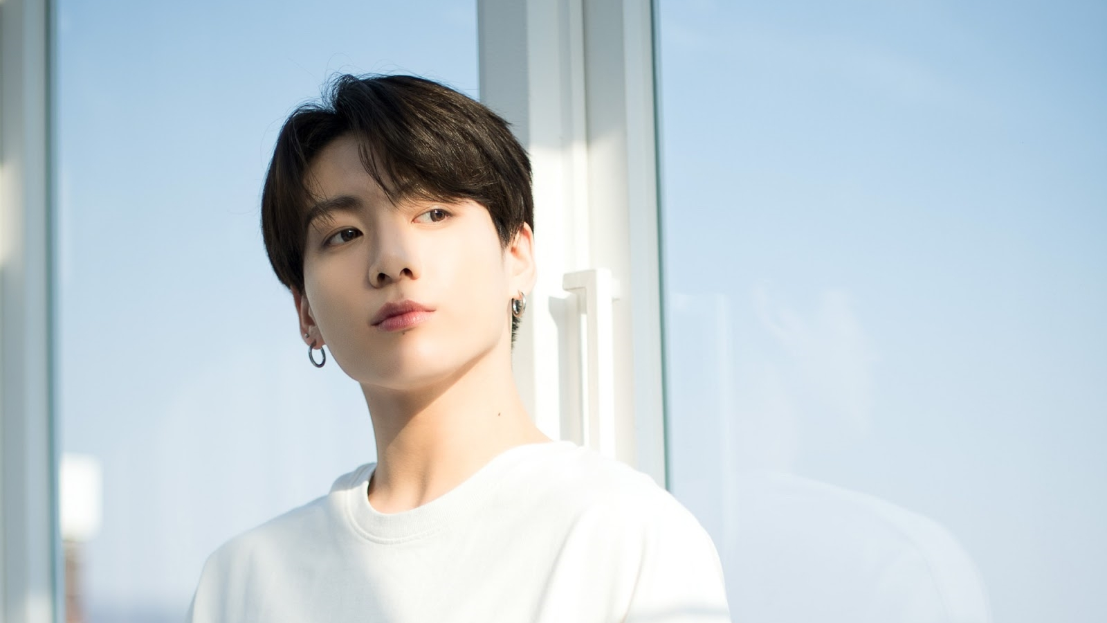 BTS' Jungkook Admits Had Went to Night Club in Itaewon and Apologies