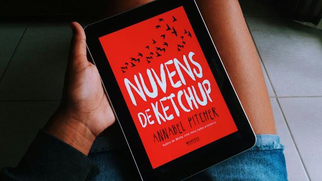 Resenha do livro Nuvens de ketchup