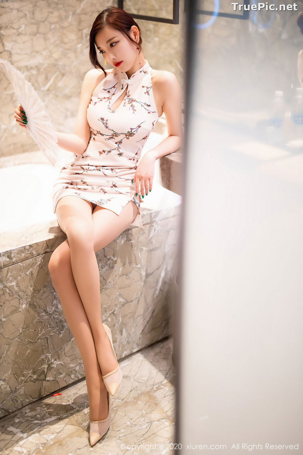 Image XIUREN No.2487 - Chinese Sexy Model - Yang Chen Chen (杨晨晨sugar) - TruePic.net - Picture-9