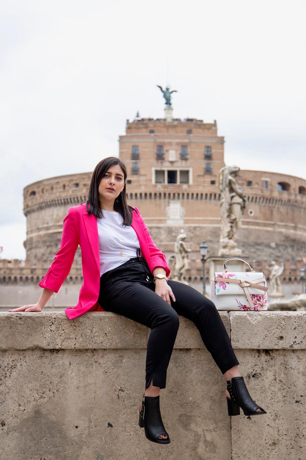 ragazza outfit roma