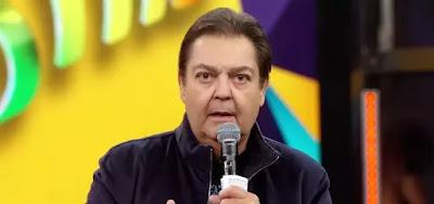 Fausto Silva está a frente do Domingão do Faustão