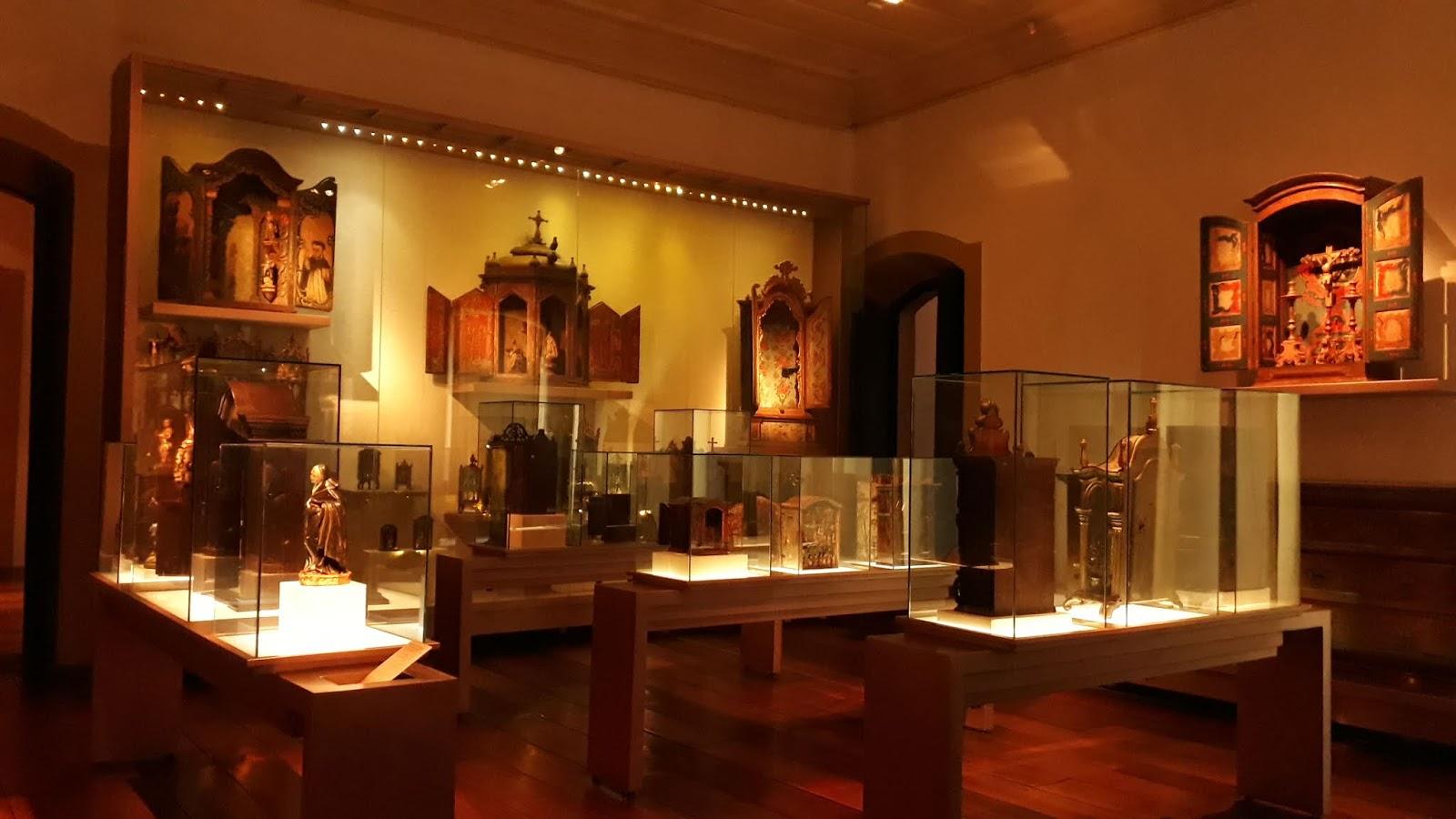 Peças religiosas do acervo - Museu da Inconfidência
