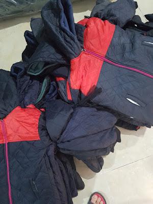 Mẫu áo khoác từ thiện trần bông