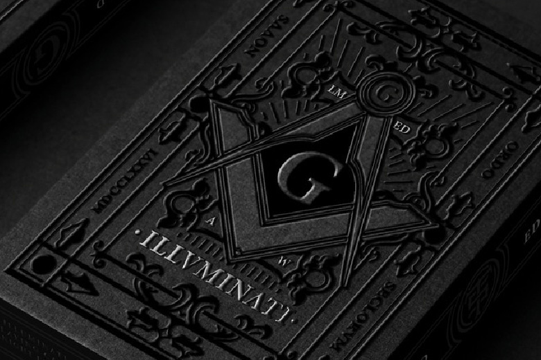 Illuminati close-up tuck box