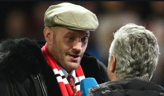 Solskjaer invites Tyson Fury to speak to Man United players at training ground