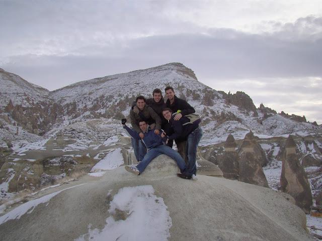 En las chimeneas de Hadas en Capadocia