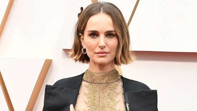 Natalie Portman reacts to pregnancy rumors