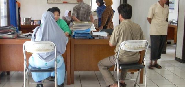 Mengurus KTP dan Surat Pindah dan Kartu Keluarga di Jakarta
