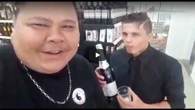 COM VOCÊS MÁRCIO, O GAROTO PROPAGANDA DAS BEBIDAS ALCOÓLICAS