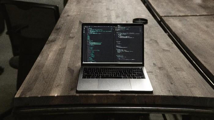 4 Laptop Terbaik dari Berbagai Merek