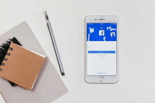 Fungsi Fanspage facebook Menjangkau target pasar lebih luas