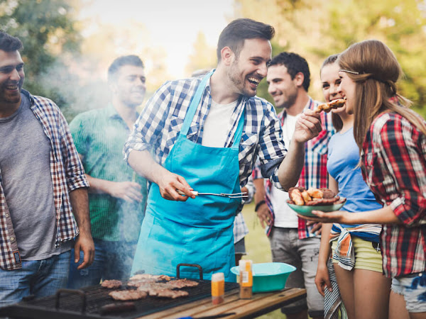 How to Create the Perfect Backyard for Summer Barbecues