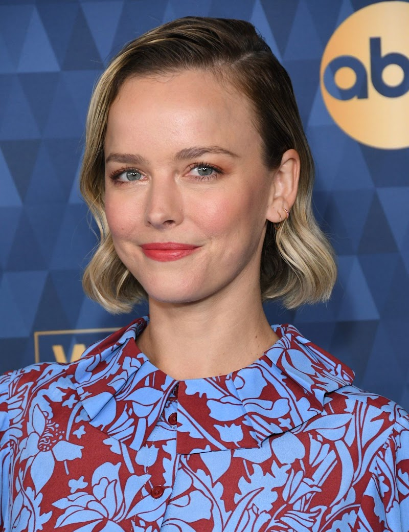 Allison Miller Clicks at ABC Television Winter TCA Press Tour in Pasadena 8 Jan-2020