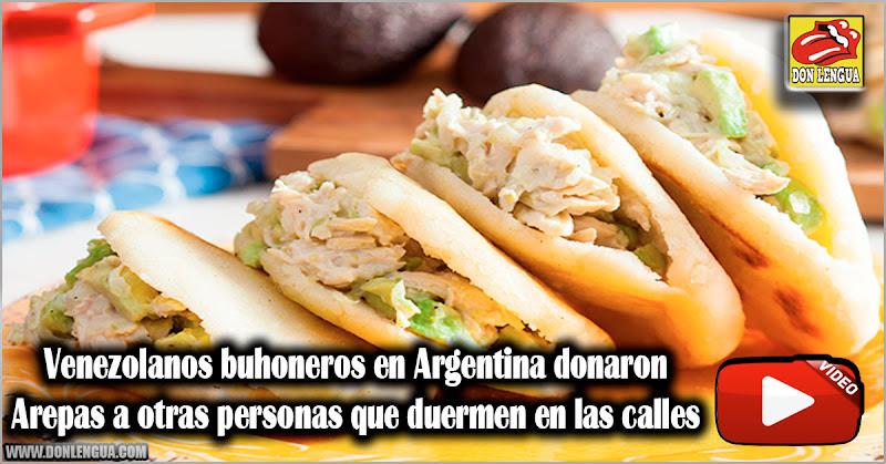 Venezolanos buhoneros en Argentina donaron Arepas a otras personas que duermen en las calles
