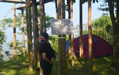 Informasi di Pos 1 Lapang Kapal Jalur Pendakian Gunung Lembu | JelajahSuwanto
