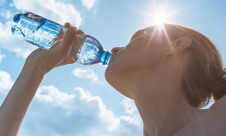 Cuánta agua debes beber al dia
