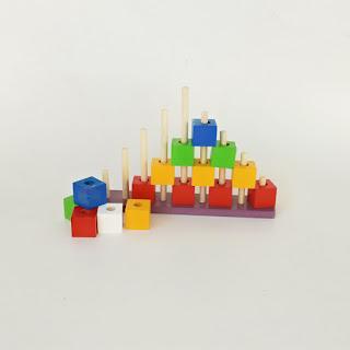 Menara Kubus Warna APE