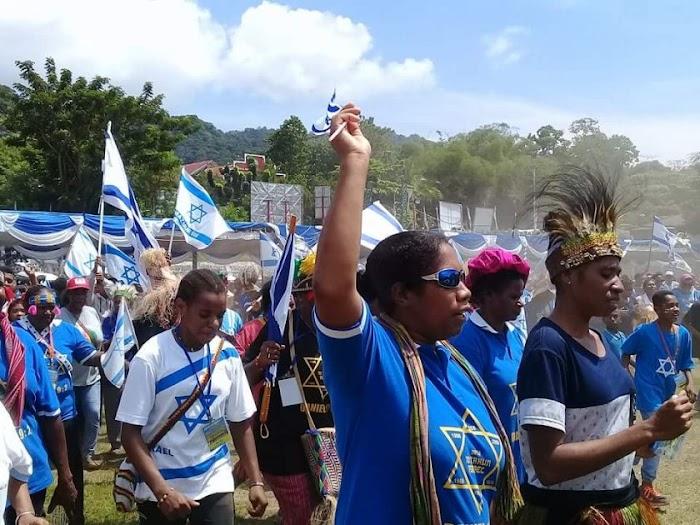 Pimpinan DPR Minta Usut Pengibaran Bendera Israel di Papua