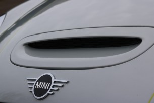 ميني كوبر إس إي Mini Cooper SE