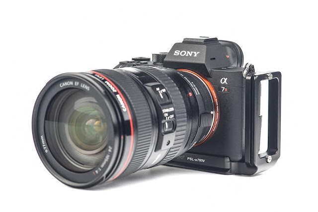 Sunwayfoto PSL-a7RIV L Bracket rear on SONY a7 R IV camera