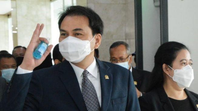 Terlibat Kasus Suap Penyidik KPK, Formappi: Azis Syamsuddin Lakukan Persekongkolan Jahat!