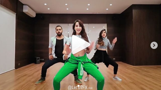 Nora Fatehi dances with choreographer Tejas Dhokhe on 'Ek Tohre Kum Jindagani