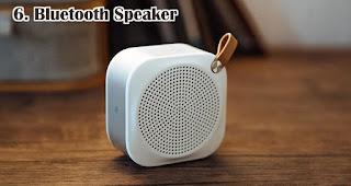 Bluetooth Speaker merupakan salah satu aksesoris handphone yang cocok dijadikan souvenir