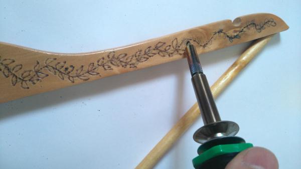 diy perigrabado en pecha de madera