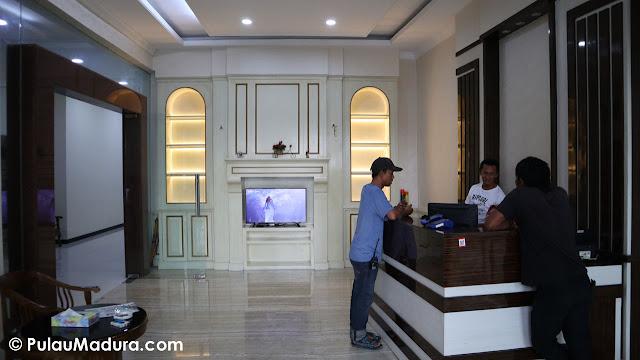 lobby hotel rose bangkalan