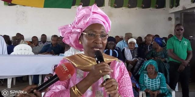 """Guinée/Conakry : Manifestation du 14 novembre : """" dès lors qu'il y a eu des pertes en vies humaines je pense que cela est au-dessus de touts """" dixit Hadja Maimouna Bah Diallo"""