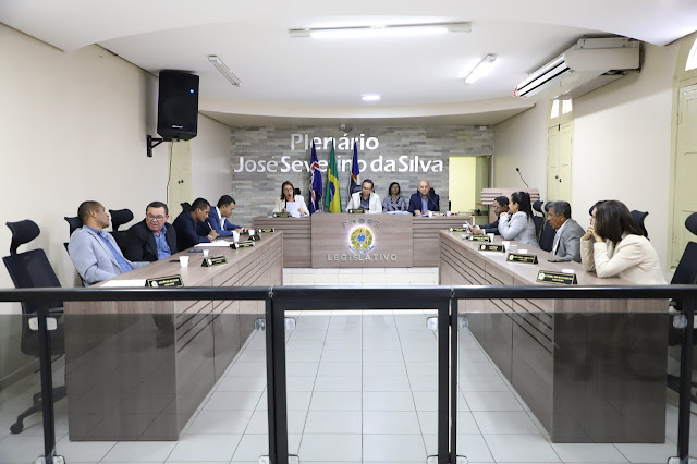 Vereadores de Escada gastaram 81 mil reais com diárias em 2019, presidente da Câmara lidera os gastos