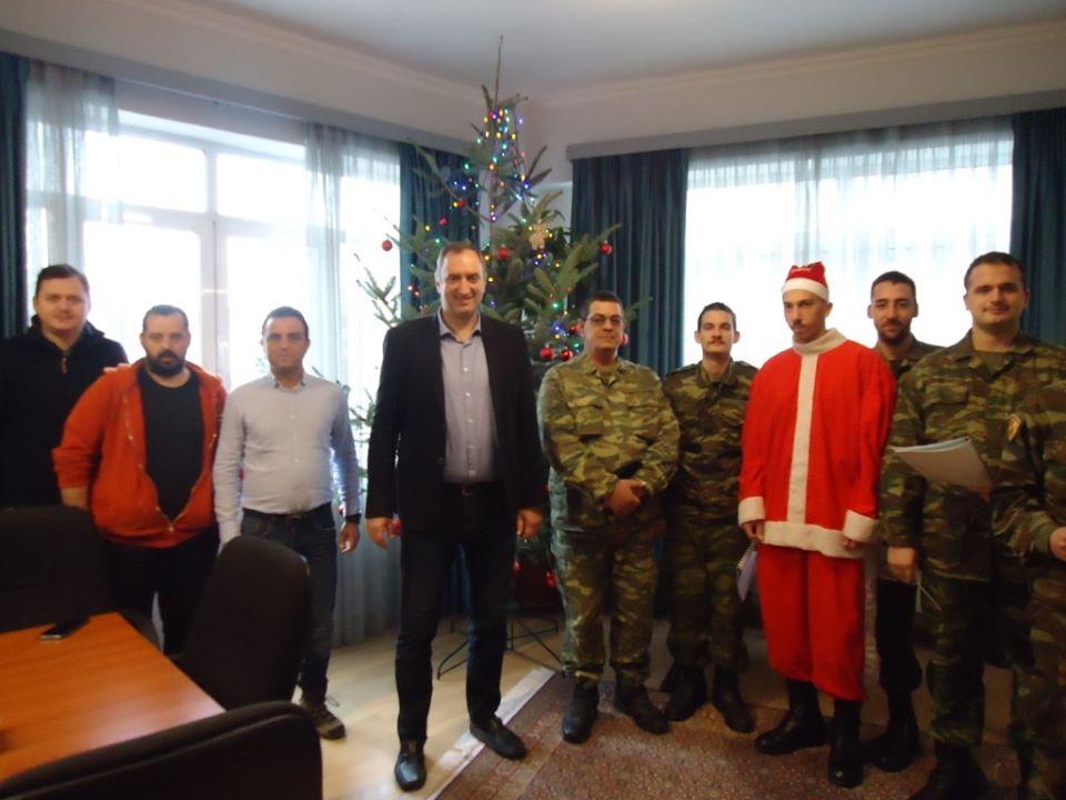 Χριστουγεννιάτικες μελωδίες στο Δημαρχείο Τυρνάβου