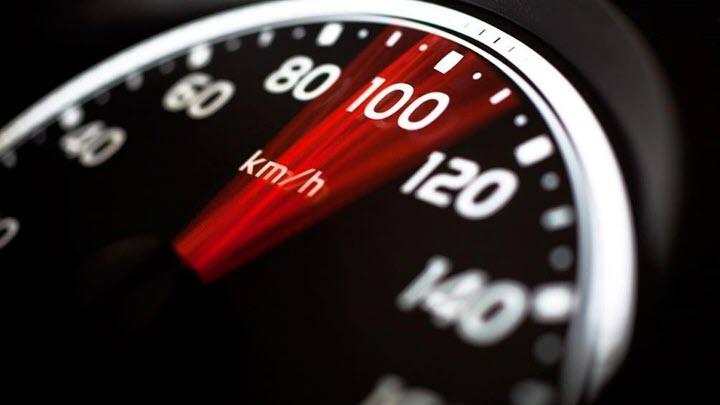Ô tô tiết kiệm nhiên liệu khi chạy ở tốc độ bao nhiêu?