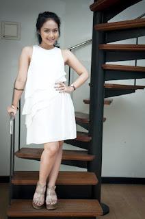 kelihatan Penyanyi Muda Berbakat Gita Gutawa