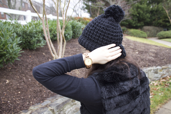 Naturally Me, What to Wear in the Winter, Winter Style, Faux Fur Vest, How to Wear a Faux Fur Vest, Black Beanie, JORD Watches, Wood Watches