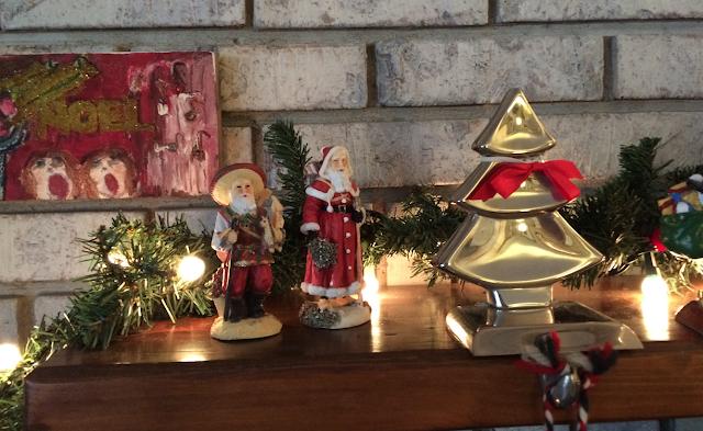 Christmas Santas: Pancho Navidad and Père Noël