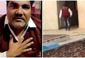 Tahir Hussain के घर कैसे पहुंचे Petrol Bomb.