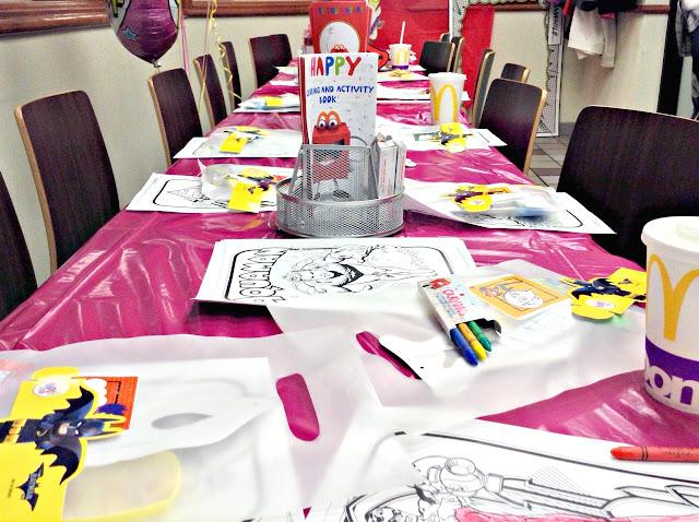 How to Host a Super Girl Birthday | Table Ideas