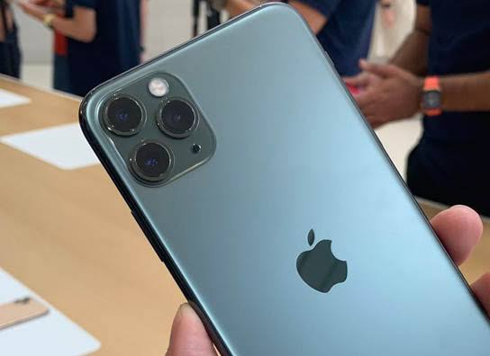 سعر 11 iphone