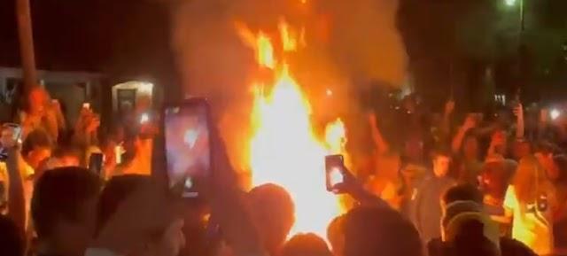 Το μεγάλο γλέντι του Μπέιλορ στο NCAA- Έξαλλοι πανηγυρισμοί με φωτιές και πυροτεχνήματα