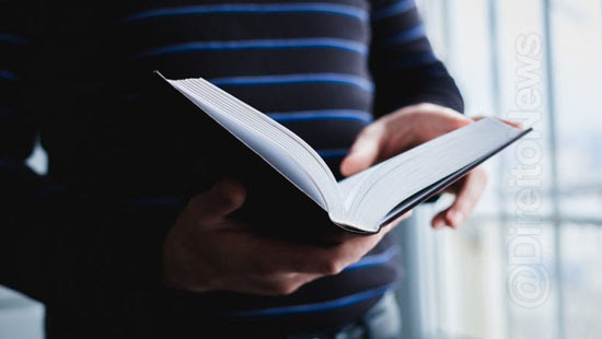 18 livros advogados estudante ler direito