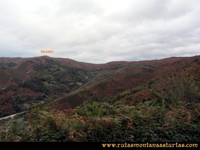 Ruta Olloniego Escobín: Subiendo el pico Boa, vista del Escobín