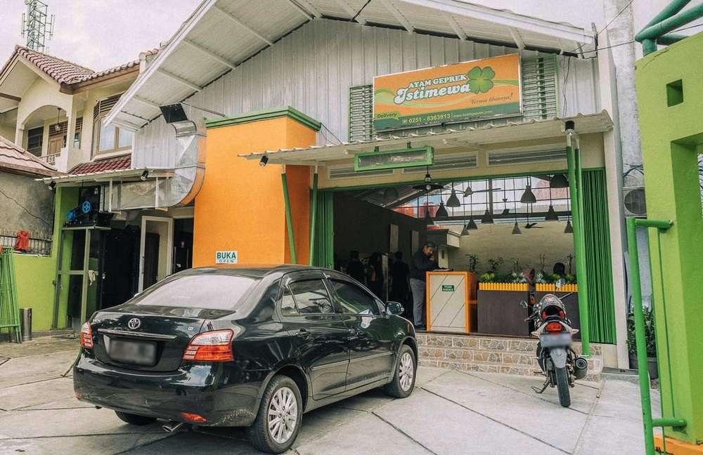 Ayam Geprek Istimewa Bogor (ayamgeprek.com)