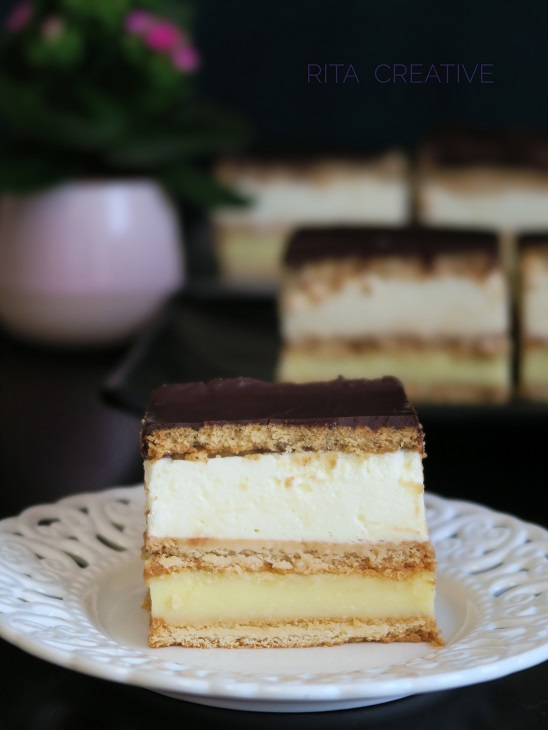 Ciasto z budyniem cytrynowym.