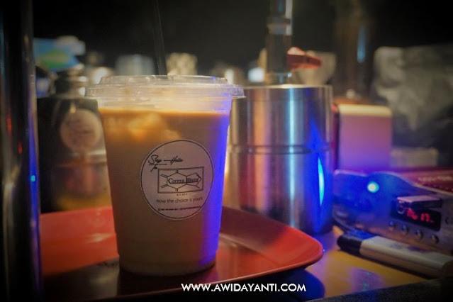 Manual Brewing Coffee Milk Cream