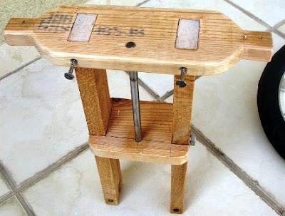 stang kemudi kayu