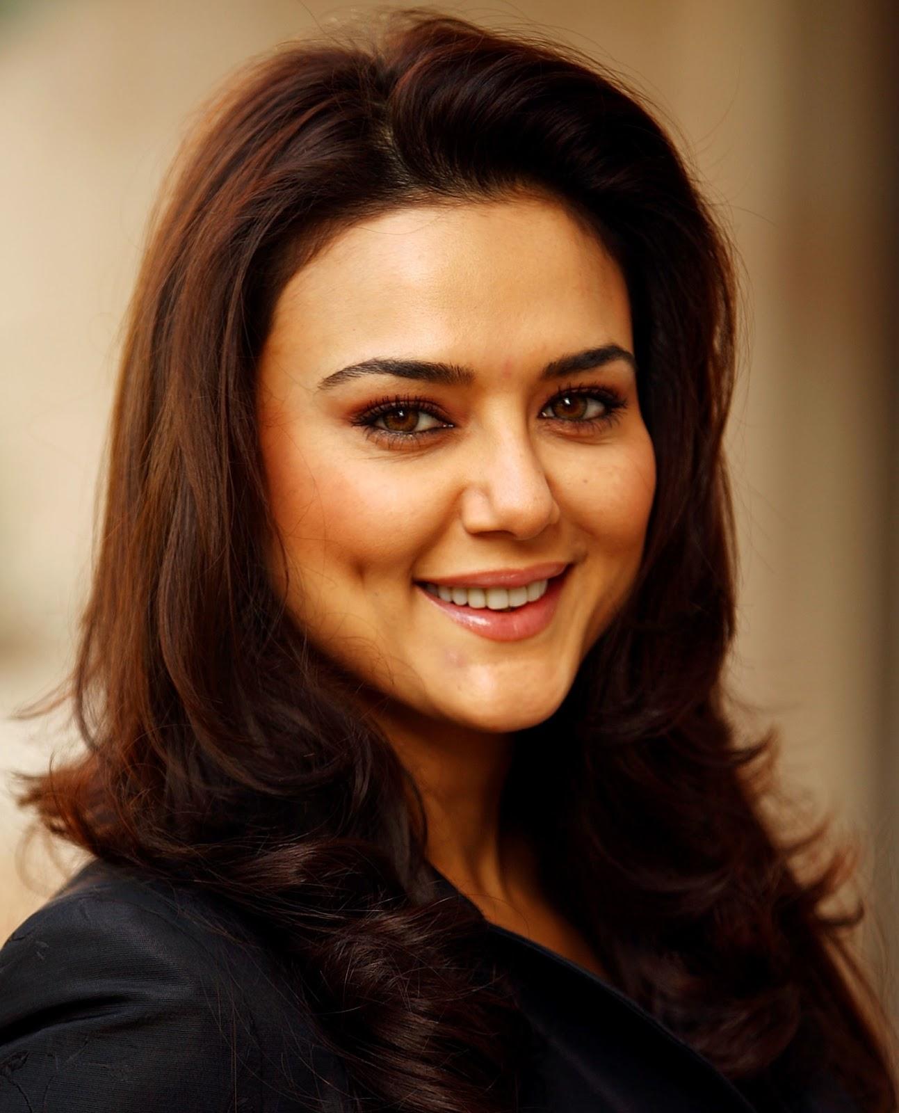 Preity Zinta Full Sexy Photo